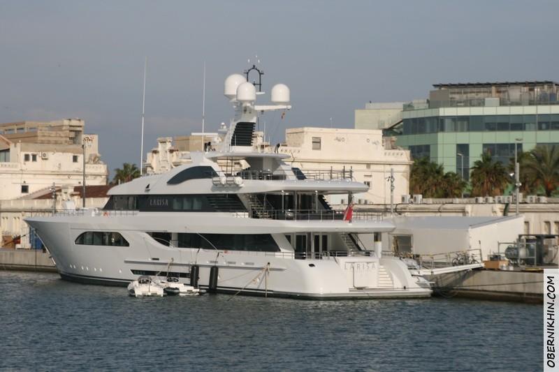 яхта Лариса